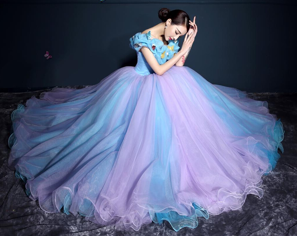Nothing Can Compare With Blue Wedding Dress Elegance