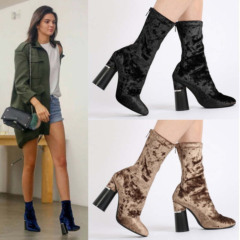 46b0a7c9be2 Short velvet stretch boots with short jeans or skirt is a very classic  look