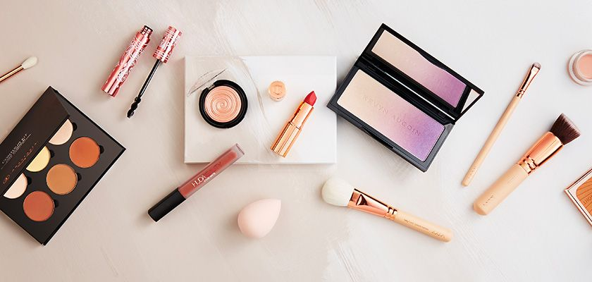 Valentine's Day gifts for her make-up
